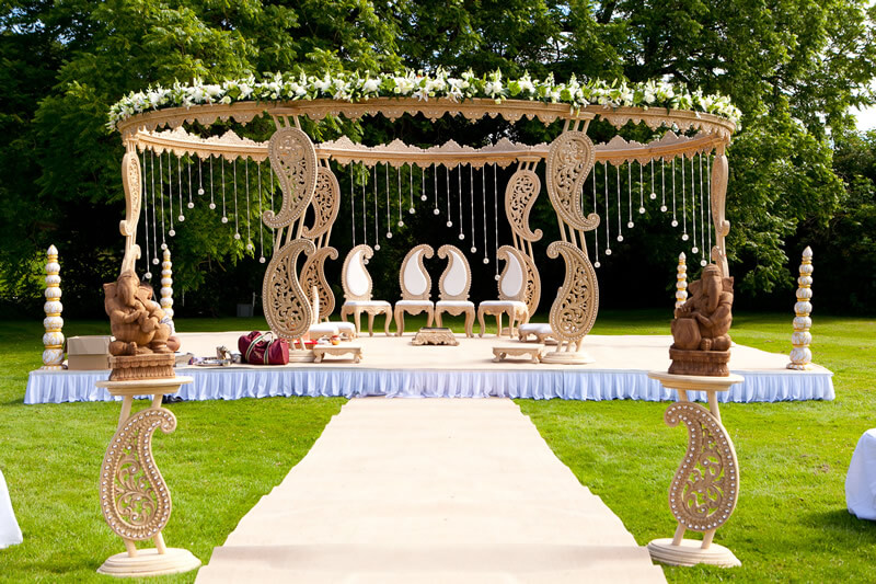 Tips to select your dream wedding venue the wedding cards online wedding venues in pune junglespirit Images