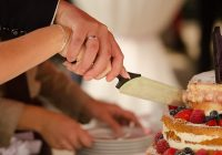 Cake Flavors for your Summer Wedding
