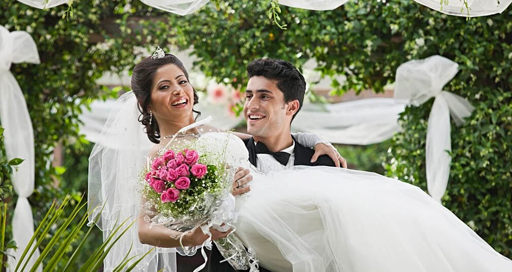 587bdcb2f5b Ideal Wedding Date as per Different Communities of India